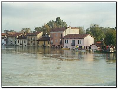 Esondazione fiume Ticino e del fiume Po 15 Ottobre 2000-6
