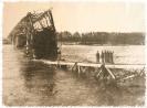 Ponte di ferro bombardato